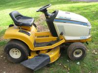 BREAKING FOR PARTS////////// Cub Cadet 2145 tractor. If