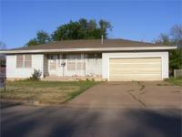 Nice Family Home - Fairview, OK AUCTION Saturday * May