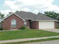 NICE FAMILY HOME IN FAYETTEVILLE SCHOOL DISTRICT,