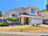 Beautiful North Valley large home on big corner lot,