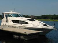 2005 Sea Ray 39 MOTOR YACHT Quality Time III is a