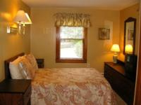 Weekly Lake George Rental! Charming 3 bedroom home in