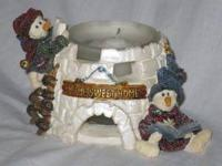 Yukon and Kodiak...Nome Sweet Home figure with candle