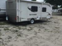 2014 190QB Dutchman Travel Trailer Very clean Never