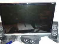 "For sale is a Gateway 22"" flat screen monitor. It has"