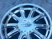 I have a full set of 4 22 inch softly utilized rims in