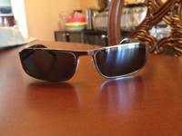 Authentic prada sunglasses %100 original. I bought it