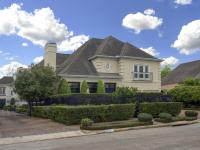 TRULY, A TOTAL WOW-WOW HOUSE! Freestanding home with