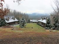 Cobbler Oaks This Mountain Top Retreat has 3 provided
