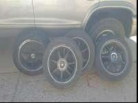I have these wheels and tires I wanna sell the 1 rim is