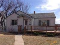 Close to downtown! 4 bedroom, 2 full bath Robbinsdale