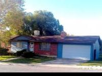 Terrific Location !!! This comfy, country-blue home is