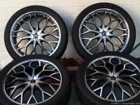I have a excellent set of 22 inch II Crave Rims on