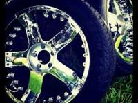 "305/45 r22..... 22"" Rims & Tires in good condition,"