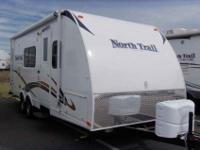 2013 HEARTLAND NORTH TRAIL 23' , WHT, INTERIOR Radius