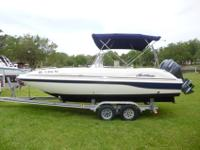 A 2005 Hurricane Fun GS 211 Deck Boat, Center Console