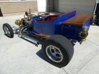 23' Ford T-Bucket custom streetrod - Factory built sq.