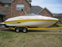 I am selling a 2003 Rinker Captiva 232 in excellent