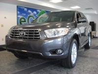 Beautiful one owner 2008 Highlander 4wd, Limited w/