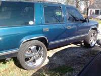 6 lug chevy 24 inch rims and tires 305/35/24 comes with