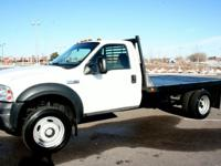 2006 FORD F550 4x4 FLATBED/HAULER TRUCK.A SUPER CLEAN