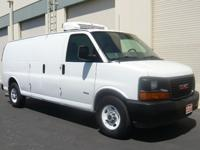 2008 GMC G3500 Extended Refrigerated Cargo Van, 6.6l