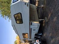 nice 24 foot alpenlite 5th wheel newer fridge