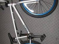 new 2012 stolen brand saint modle. is a 24'' wheel,