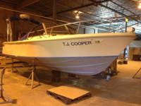 1995 Hull Rear engine configured Limestone 24 foot