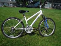 "I HAVE A 24"" GIRLS BIKE THAT IS IN GREAT SHAPE. ITS"