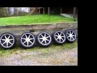 24 inch wheels and tires .there are 5 wheels and tires