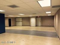 INDUSTRIAL SUITE FOR SALE CLOSE TO SKY HARBOR