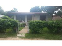NEW LISTING Centrally located 2 bedroom 1 bath home