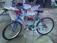 RoadMaster MT. Zone Mountain Bike, Works great Call  or