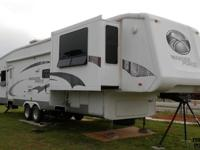 2006 Crossroads Paradise Point 5th wheel - excellent