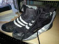 I have a pair of kids Addidas response wrestling shoes