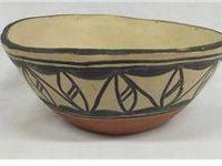 Santo Domingo Polychrome Bowl. 3''H x 7.5'' diameter.