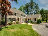 Newly remolded interior! Canal front colonial home! A
