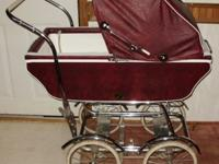 I am selling this stunning vintage pram baby carriage.