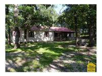WELL MAINTAINED 2BR/1BA ON 12 Well maintained home sits