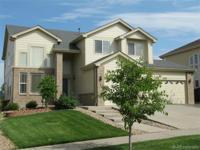 Come see this gorgeous Sterling Hills home! Hardwood