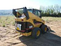 2007 Caterpillar 252B Skid Steer. 1900 hrs., cab with