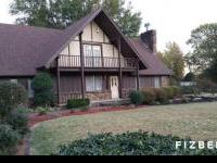 4bd/3ba huge spacious home in peaceful area with 2