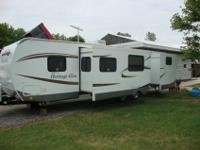 Slightly used 2012 Heritage Glen 312 QBUD (bunkhouse)