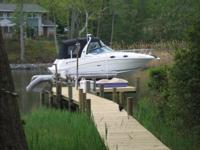 This 2006 260 Sea Ray Sundancer Sport Cruiser,