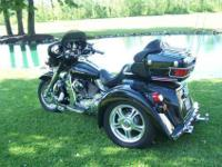 """Sharp"" 2006 Street Glide Trike with a Champion Trike"
