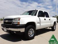 This 2006 Chevrolet Silverado 2500HD Crew Cab LT, Short