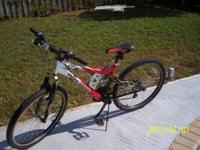 26 IN BOYS MONGOOSE BIKE 21 SPEED XR-75 COLOR - RED,