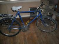 26' Mens mountain bike. Shimano click shifters and