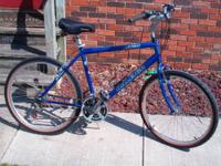 Up for sale is a: -26'' Men's or Woman's Raleigh SC30.